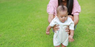 Late Bloomer Child - Causes and Parenting Tips