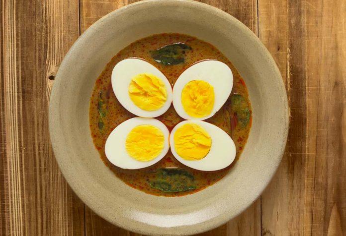 Andhra Egg Pulusu Recipe