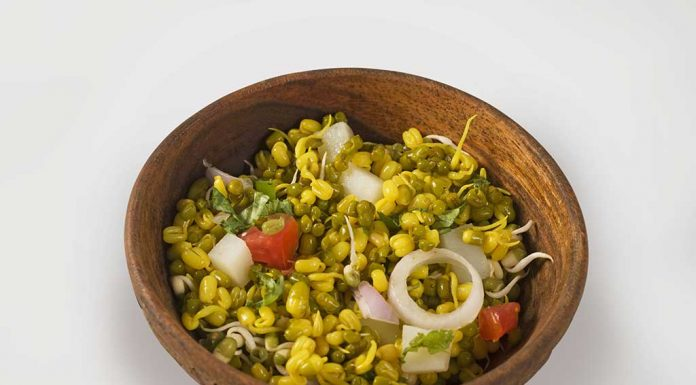 Sprouted moong chaat Recipe