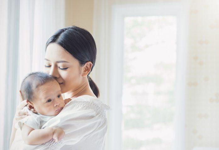 एक आई सर्व जगाशी लढणारी जीव पण दयायला तयार असणारी आपल्या पिल्यांसाठी
