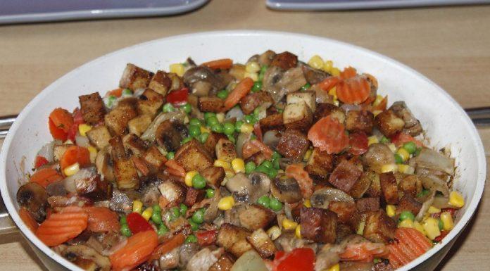 Tofu with Stir Fried Veggies