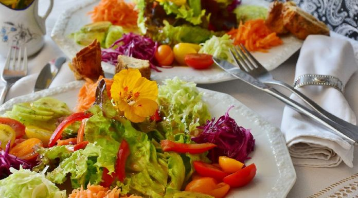 Salad with Orange Vinaigrette Dressing