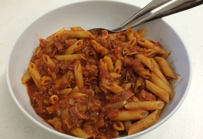 Penne Pasta in Curry Sauce