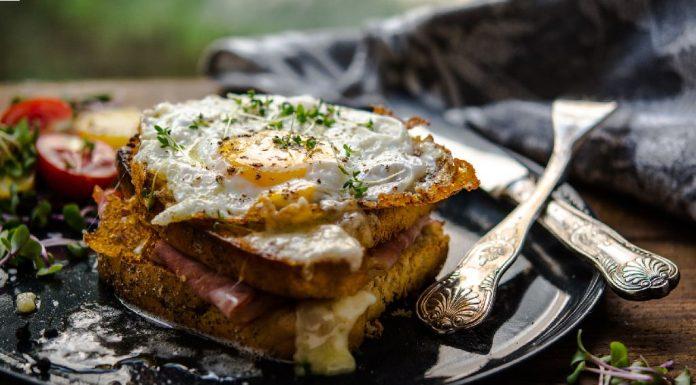 Egg White Omelette Sandwich