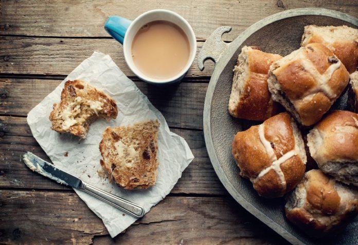 Traditional Hot cross bun