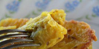 #MummasTouch Pazham Pori (Fried Banana Fritters)