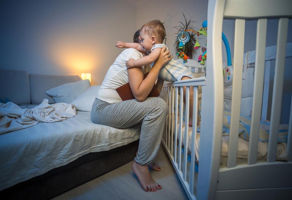 Ini 11 Ciri-ciri Bayi Tumbuh Gigi Yang Harus Ibu Ketahui