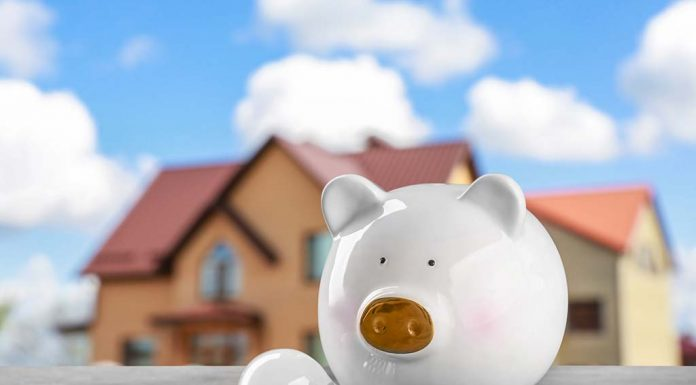 25 Best Ways You Can Save on Your Home Electric Bill Throughout the Year