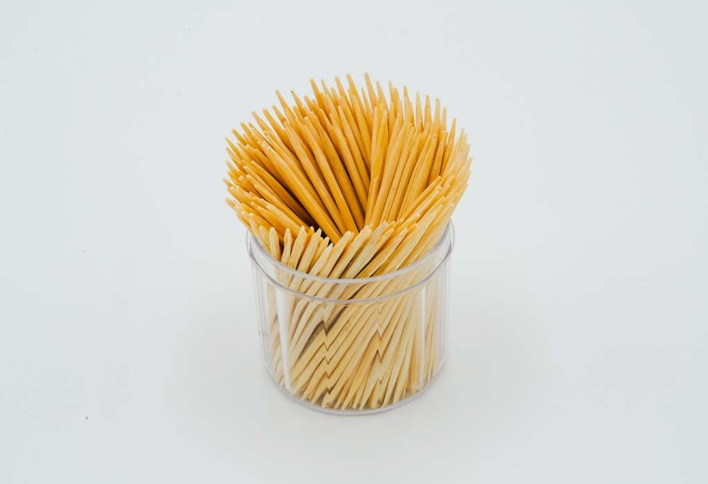 Kitty Party Game Ideas - Pick the Toothpick