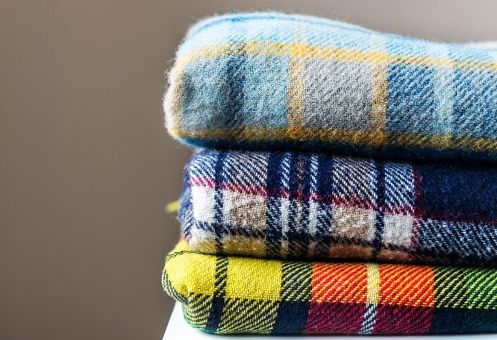 How to Wash Blankets at Home Without Ruining Their Fabric
