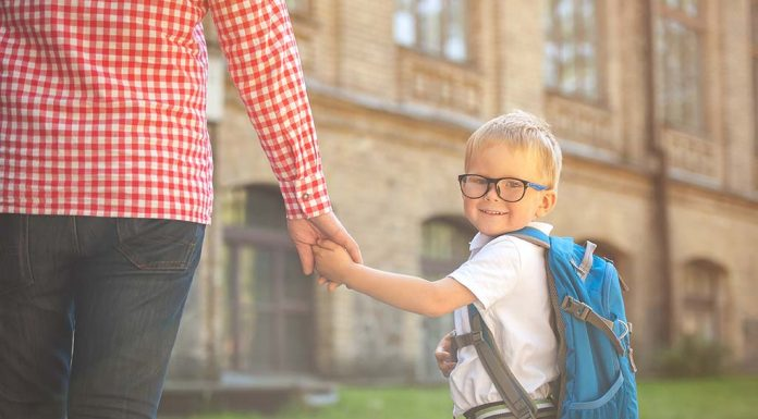 How to Make Your Child's First Day to School a Memorable One