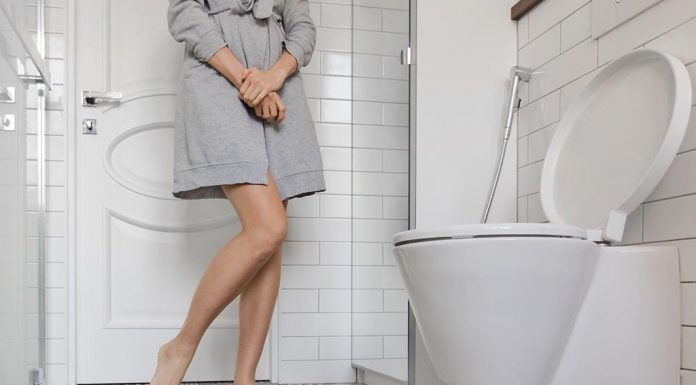 Your First Postpartum Poop - 10 Things You Need to Know