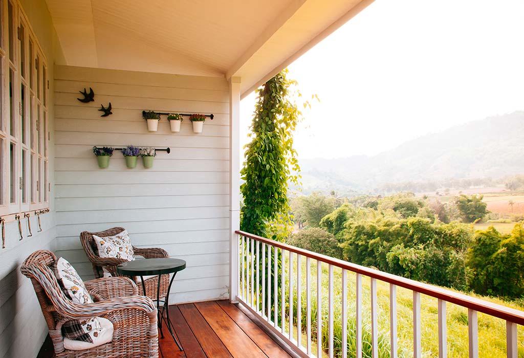 Creative Balcony Decoration Ideas that Will Make It a Walk ...
