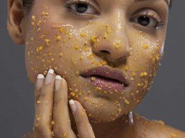 15 Amazing Homemade Scrubs for Oily Skin