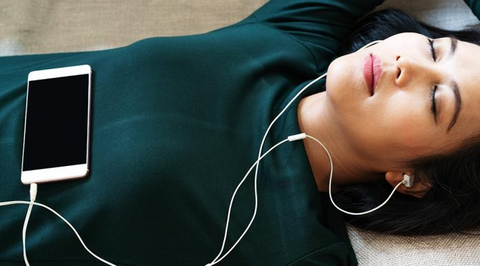 Do You Sleep with Headphones or Earbuds - Know If It's Safe for You