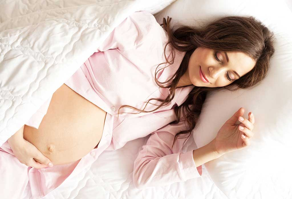 Sleeping on the left side while pregnant