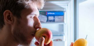 Eating Fruits at Night - Is It Healthy for You?
