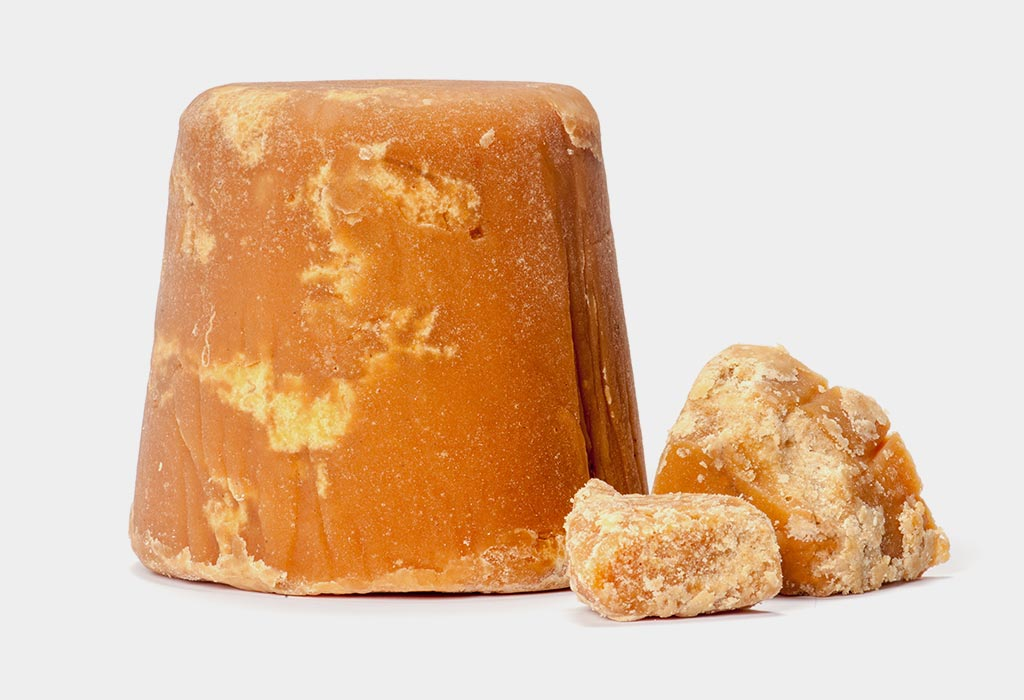 Top 15 Health Benefits of Jaggery (Gur)