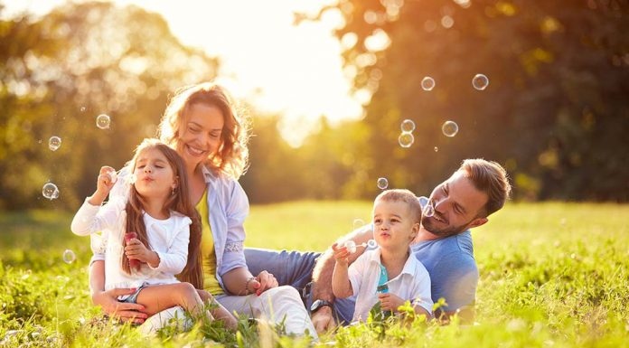 Family Picnic Games That Will Keep Your Special Day Exciting