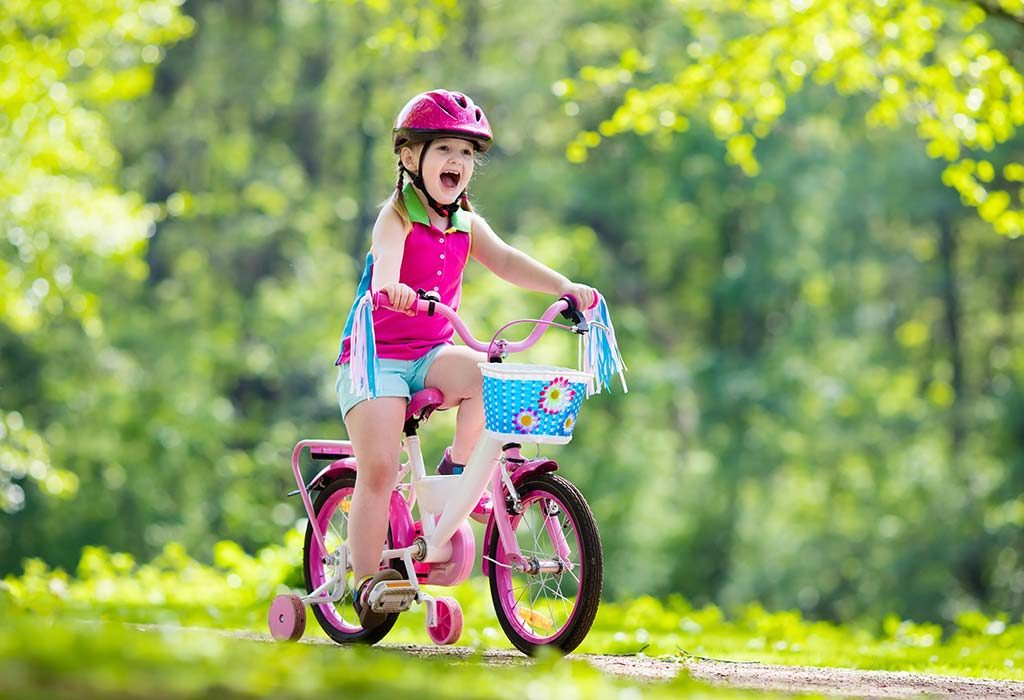 Little girl bicycle