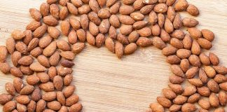 10 Amazing Benefits of Soaked Almonds for Overall Health