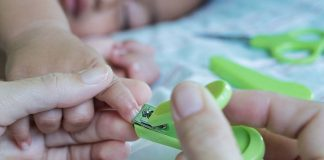 Easy and Safe ways to Cut Your Baby's Nails