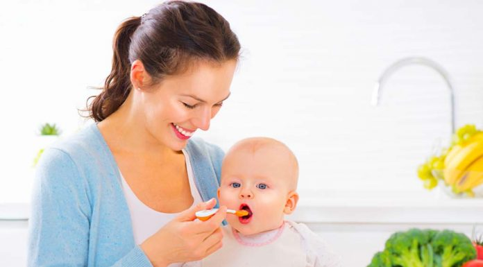 Feeding Baby till 1 Year- Is It Plain Sailing or Pain Sailing ?