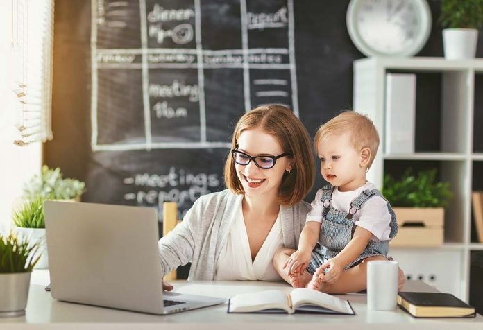I am Proud and Happy Being a Working Mom. I am Not Guilty