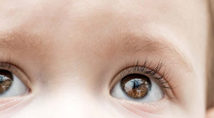 Save Tender Eyes- Get Your Newborn's Eyes Examined by an Opthalmologist