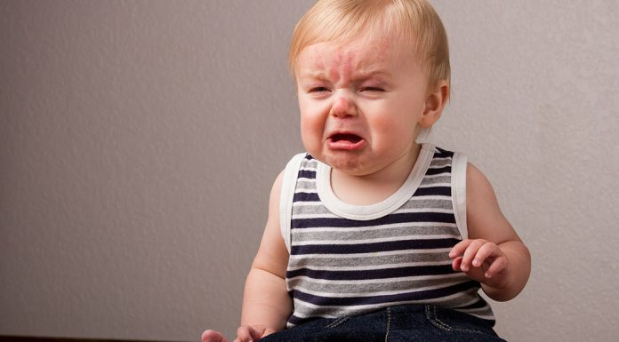 How to Tolerate Your Baby's Tantrums in a Peaceful Way
