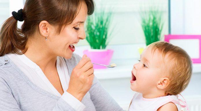 बच्चों को माँ की जरूरत है मेड की नहीं