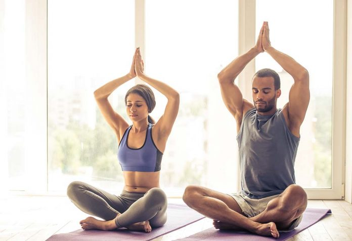 10 Things to Wear While Practising Yoga