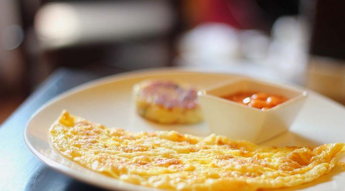 Egg-Omlette With Besan Recipe