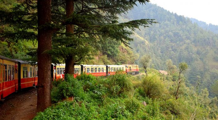 9 Beautiful Rail Journeys Across India You Should Experience at Least Once