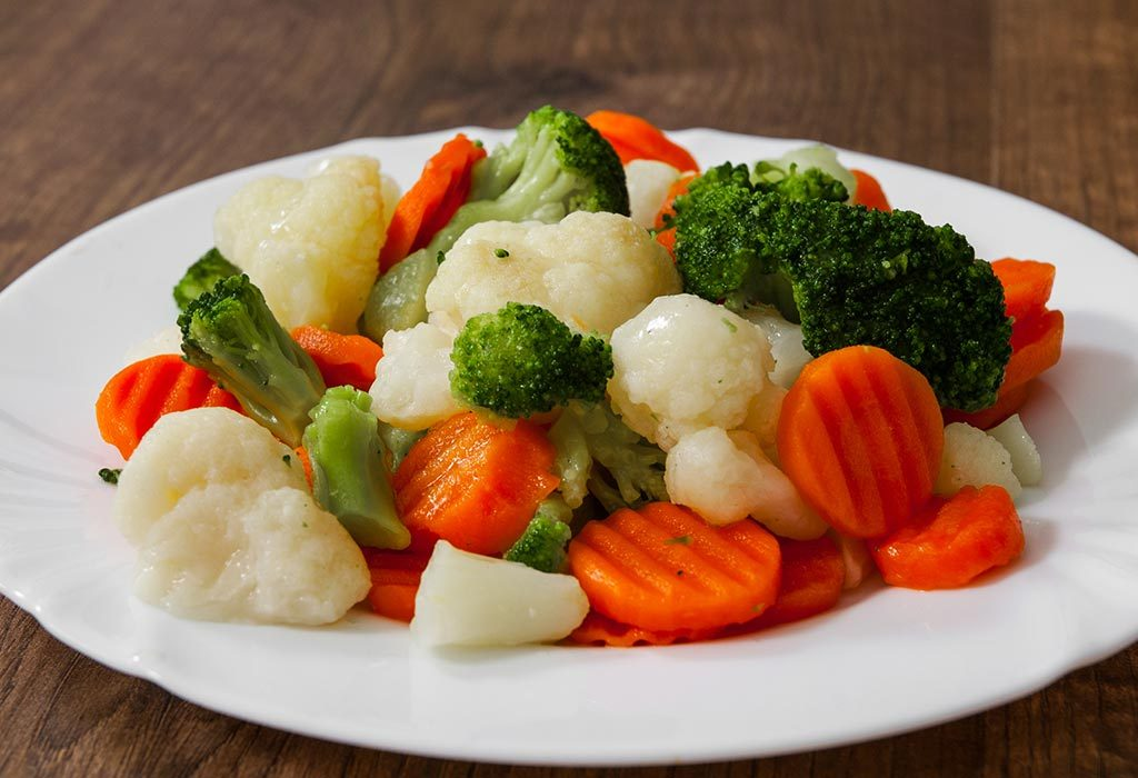 Carrots, cauliflower, and broccoli for fish