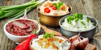10 Delicious Dip Recipes That Are Perfect for Your next House Party