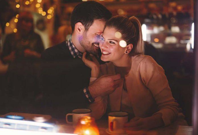 पारिवारिक संबंध - महत्व और स्वस्थ रिश्ते