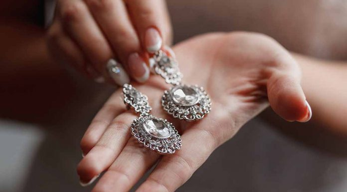 8 Simple Ways to Identify Whether Your Diamond Is Real or Fake at Home