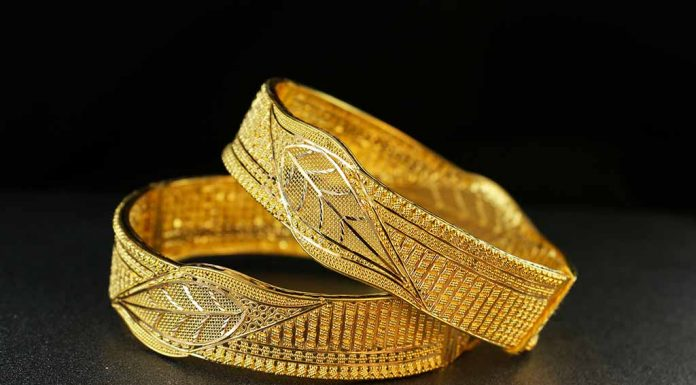 6 Simple Ways to Identify Whether Your Gold Jewellery is Real or Fake
