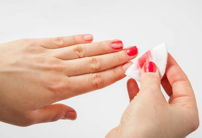 9 Ideas for Removing Nail-Paint Without Using Remover
