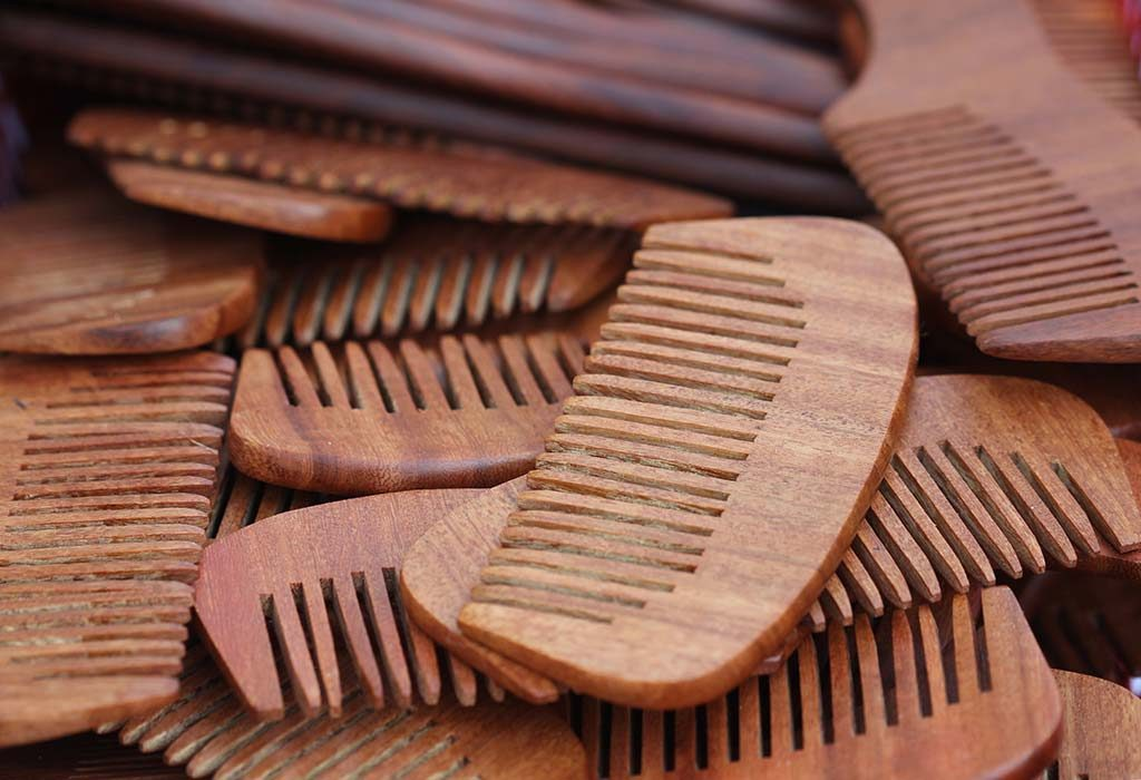 Benefits of a Wooden Comb