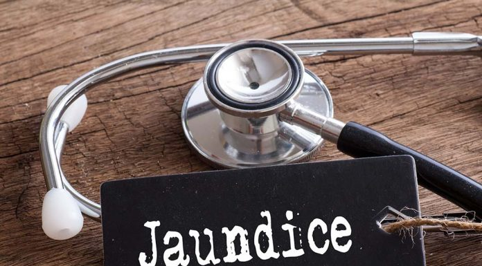 Dietary Plan and Dietary Tips to Follow to Fight Jaundice Effectively