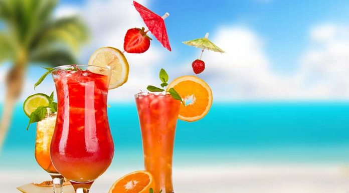 Cool Down This Summer With These Healthy Drinks Just Chill Out
