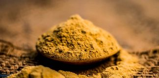 5 easy ways to use multani mitti for healthy hair