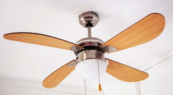 safest and effective ways of cleaning a ceiling fan in your home