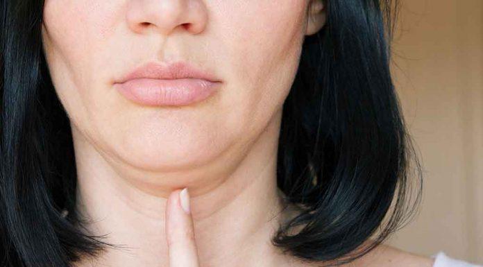 15 Natural Ways to Tighten Your Sagging Skin