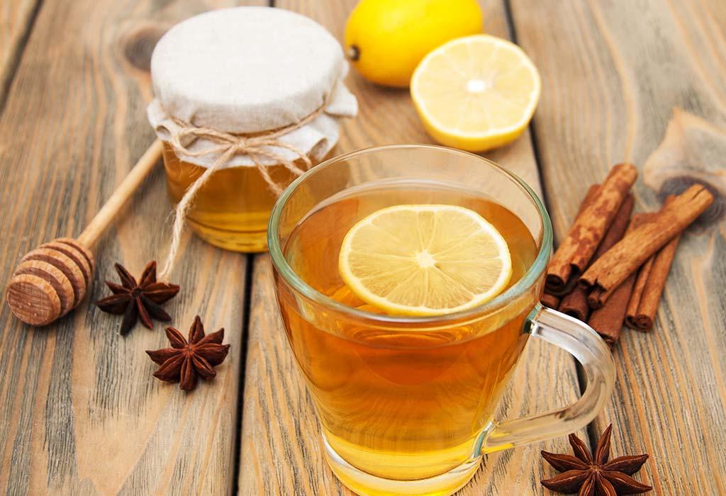 12 Incredible Benefits of Drinking Honey Lemon Water
