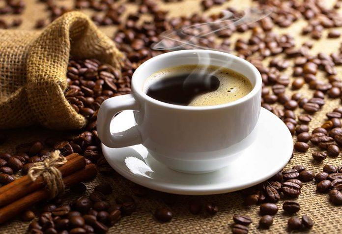 ब्लैक कॉफी पीने के 10 फायदे