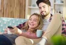 How to Make Wife Feel Happy – 15 Brilliant Ways