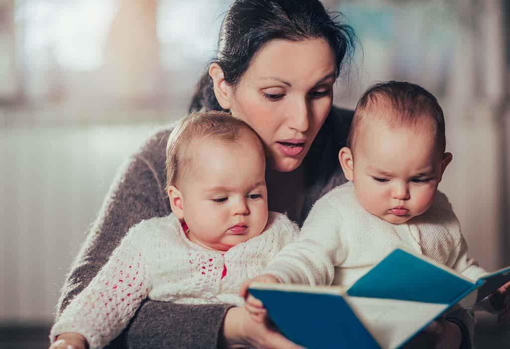 उन्हें किताबें पढ़कर सुनाएं